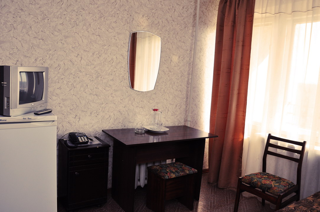 Hotel room standard for one
